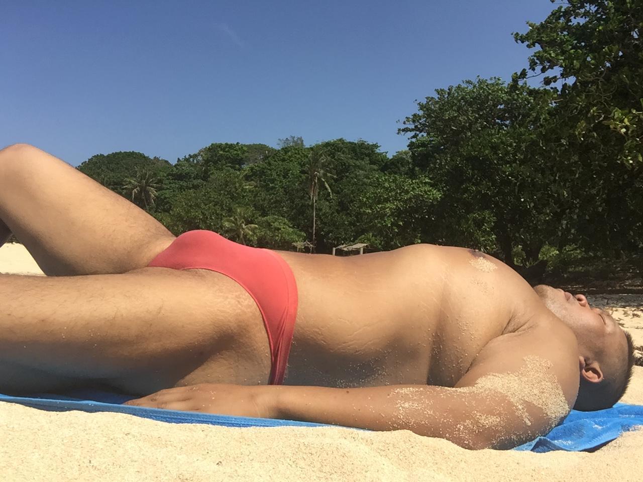Bikini sun bather (35/218)