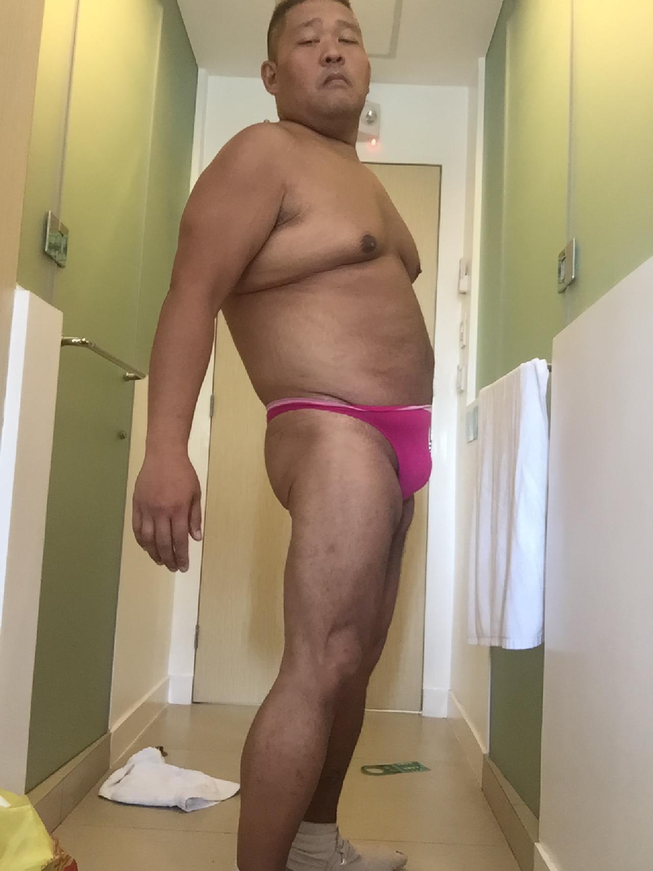 Bikini sun bather (65/218)