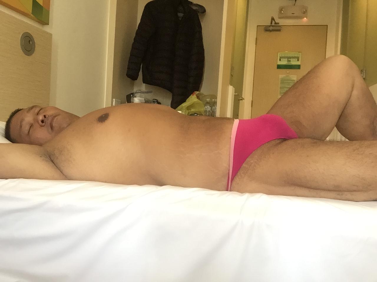 Bikini sun bather (70/218)