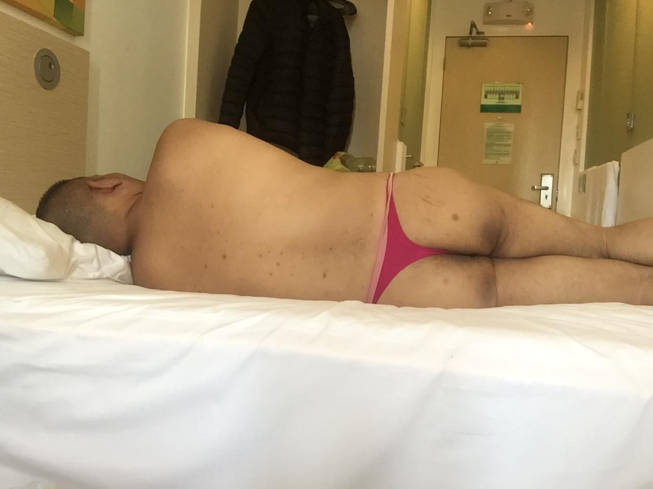 Bikini sun bather (75/218)