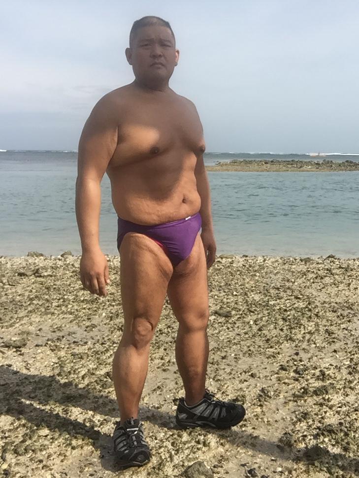 Bikini sun bather (81/218)