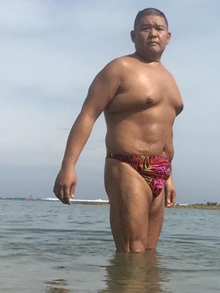 Bikini sun bather (100/218)