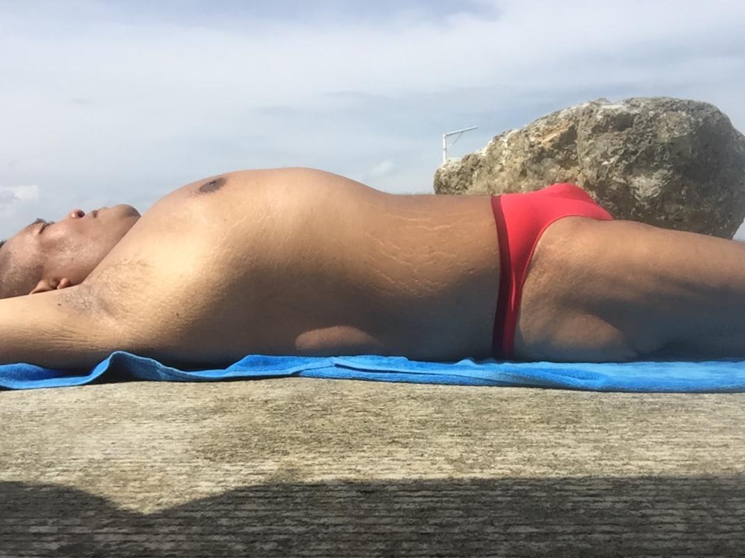 Bikini sun bather (171/218)