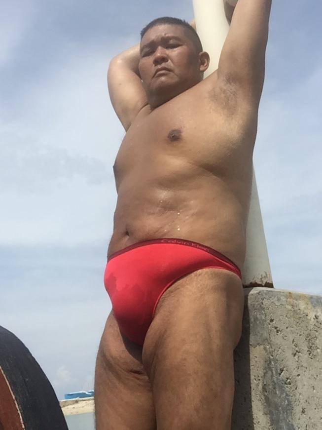 Bikini sun bather (182/218)