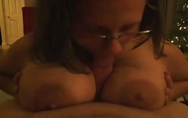 This whore loves a blowjob